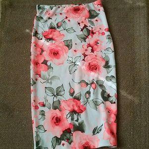 Beautiful  3D roses skirt